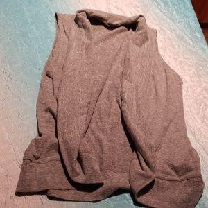 Forever 21 gray sleeveless cardigan